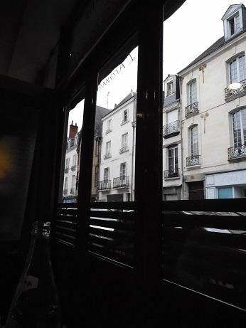 17トゥール、レストラン1.jpg