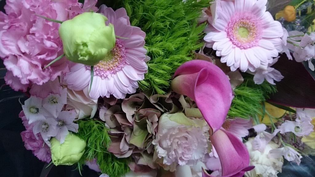 花束ピンク.jpg
